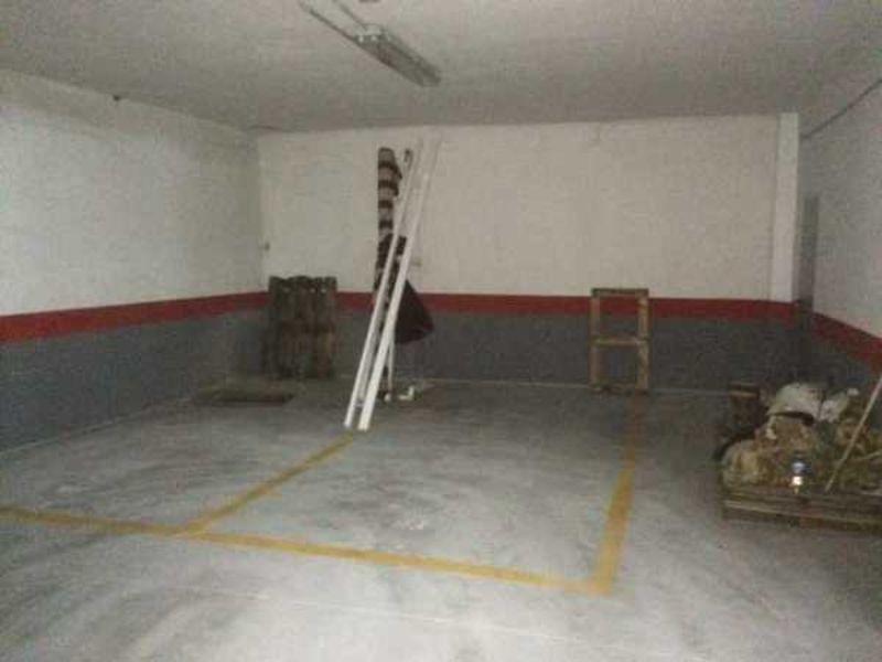 For rent of garage in Güejar Sierra