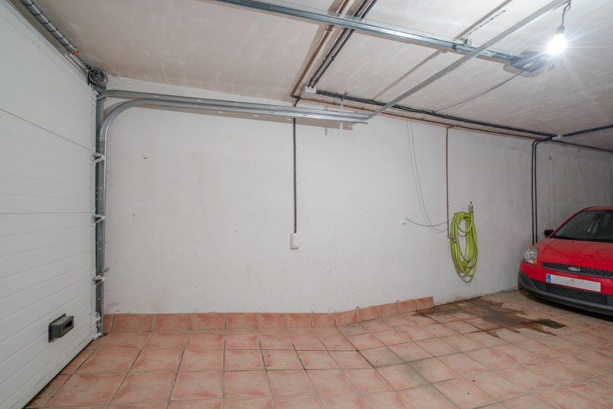 For sale of house in Las Gabias