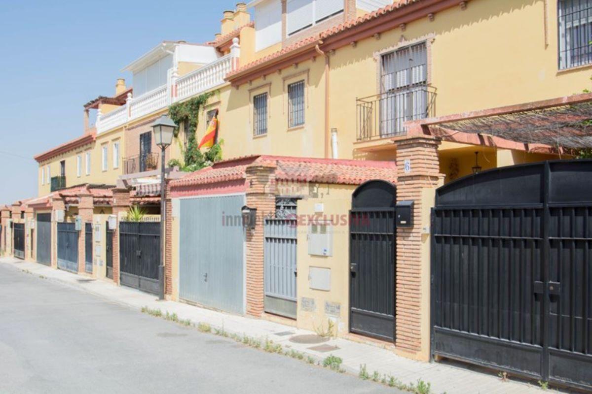 Venta de casa en Ogíjares