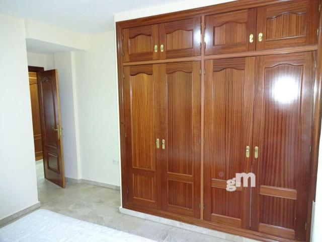 For rent of flat in Granada