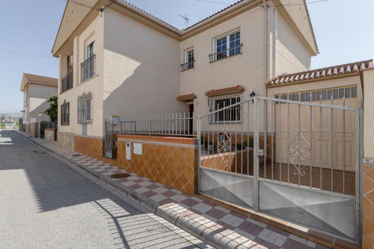 Venta de casa en Albolote