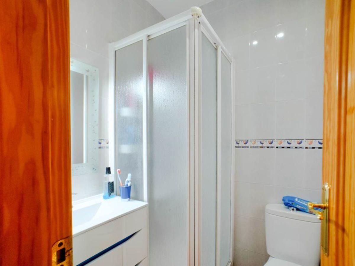 For sale of house in Cijuela