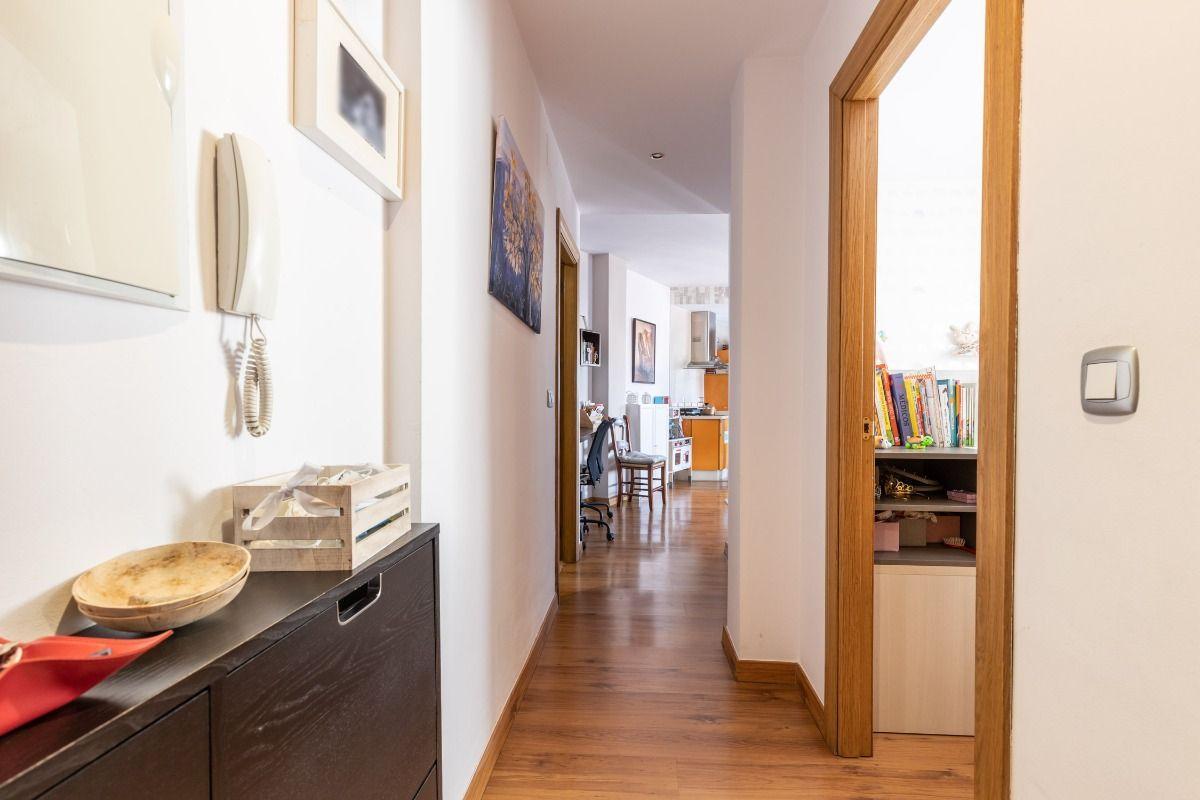 For sale of penthouse in Churriana de la Vega