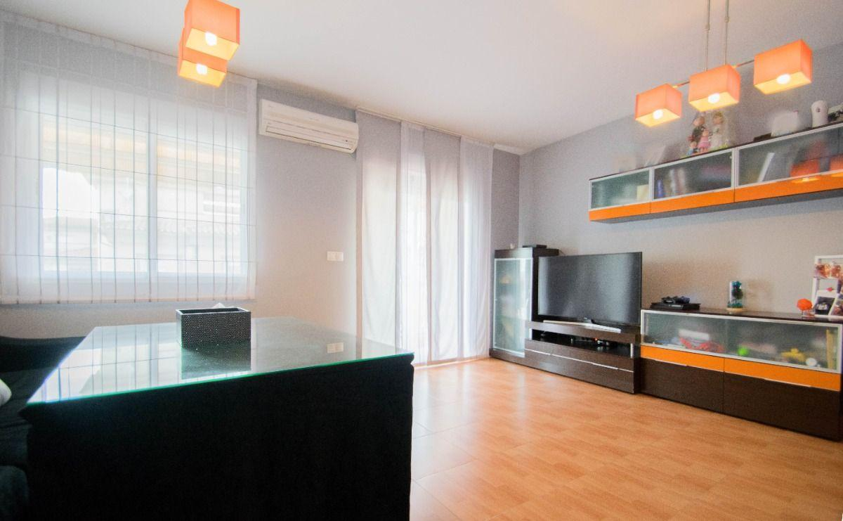 For sale of duplex in Atarfe