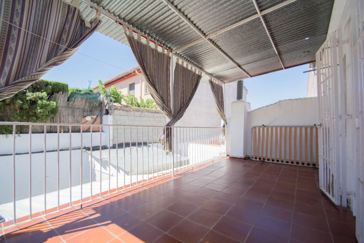For sale of house in Huétor Vega