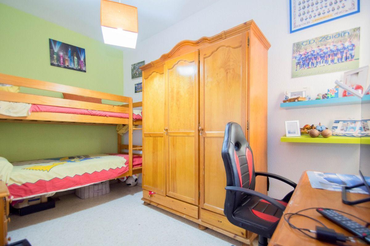 For sale of flat in Ogíjares