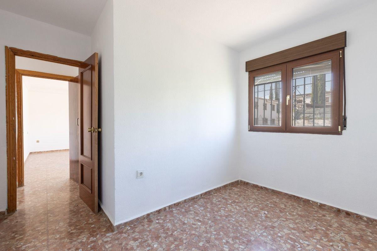 For sale of chalet in Ogíjares