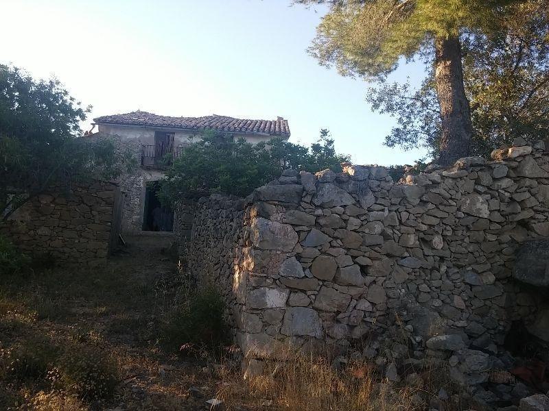 For sale of masia in Vilafamés