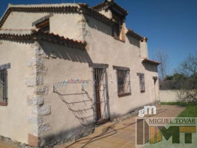 Alquiler de chalet en Torrecaballeros