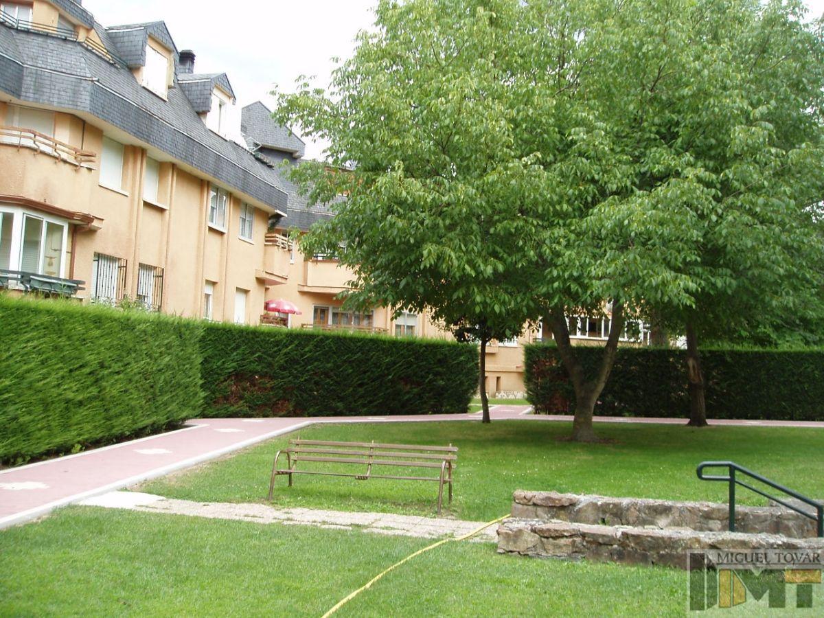 For sale of flat in Palazuelos de Eresma