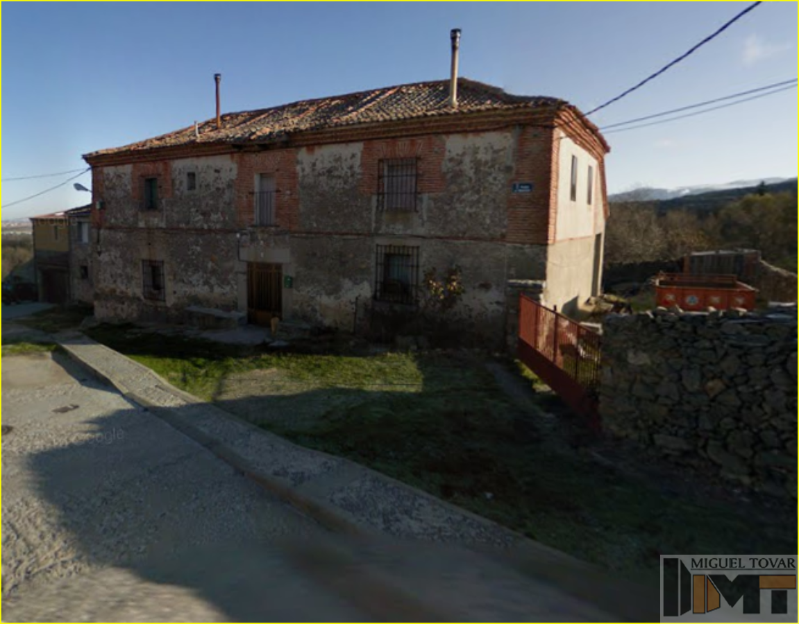 For sale of house in Revenga