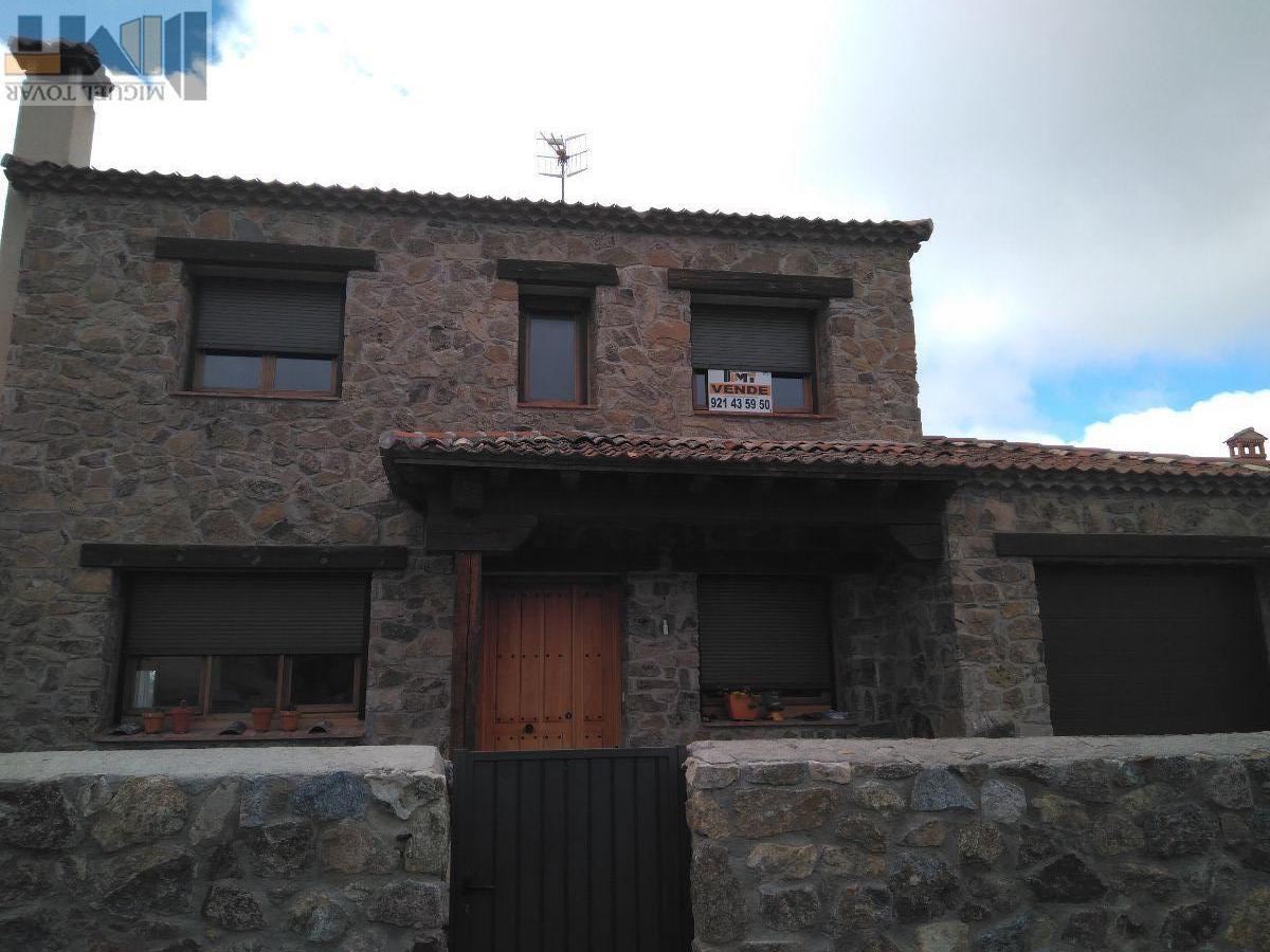 Venta de chalet en Pelayos del Arroyo