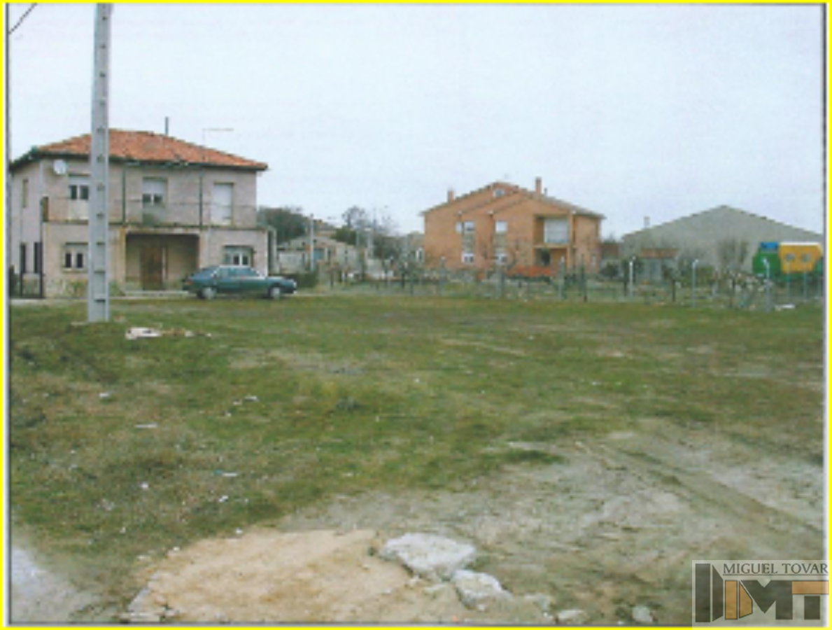 For sale of land in Aldea Real