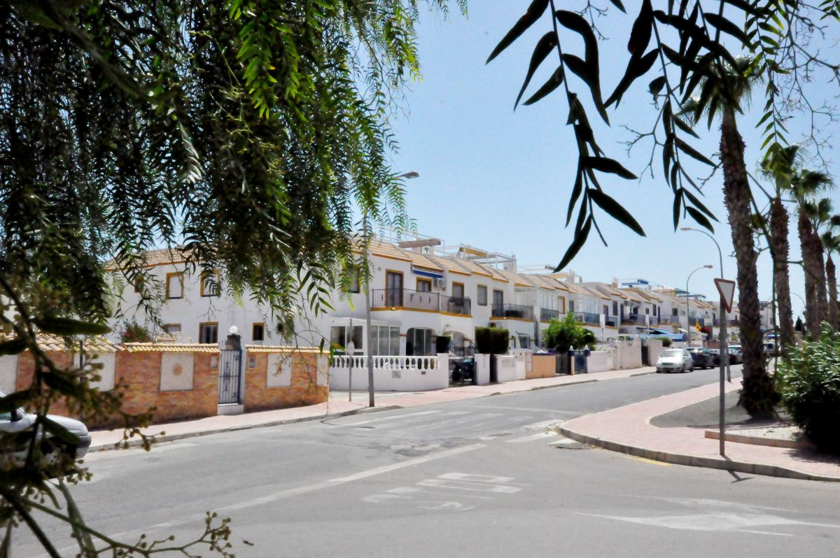 Продажа от   Бунгало на Orihuela Costa