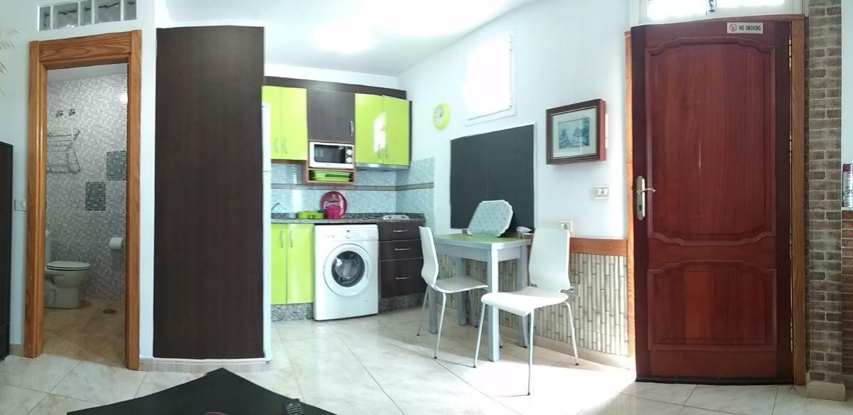 For rent of ground floor in Santa Lucía de Tirajana