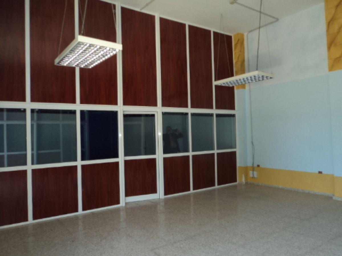 Alquiler de local comercial en Santa Lucía de Tirajana
