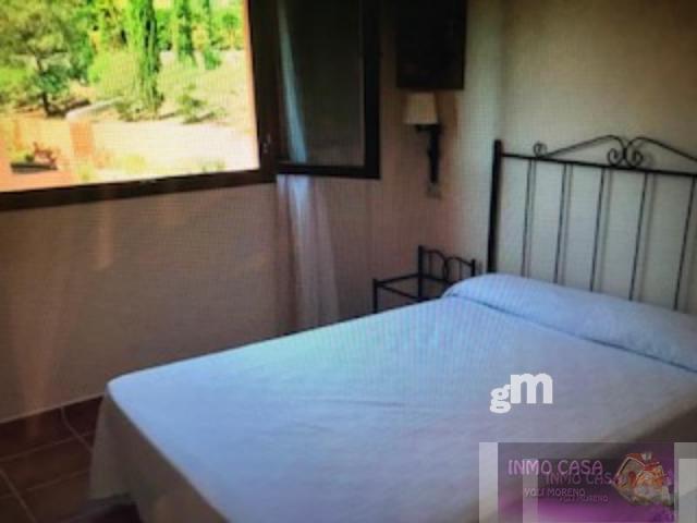 For sale of flat in Benahavís