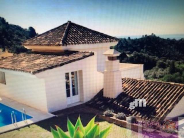 For rent of villa in Istan