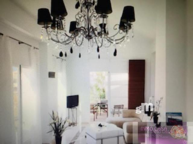 Alquiler de villa en Istan