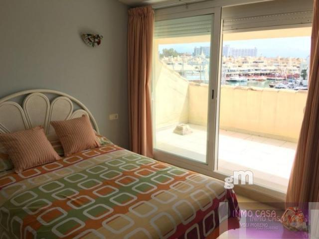 For sale of penthouse in Benalmádena
