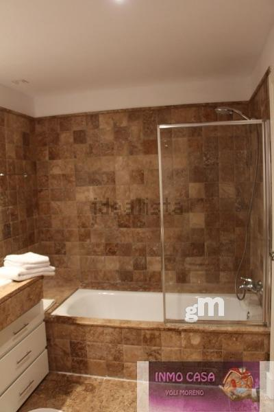For rent of ground floor in Estepona