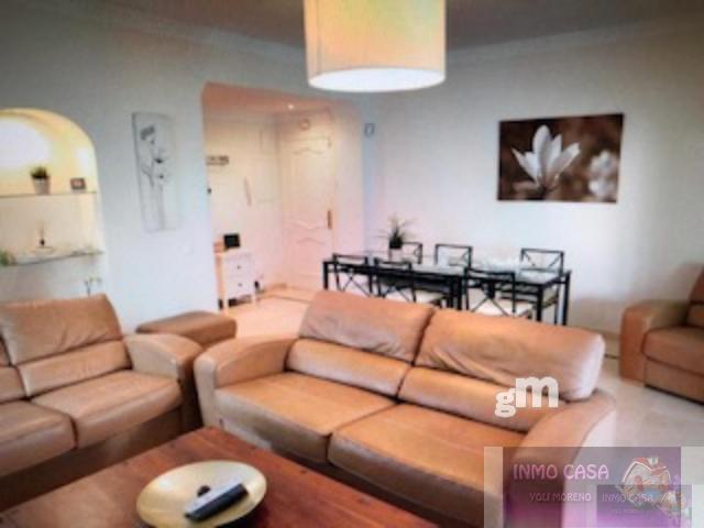 For rent of ground floor in Marbella