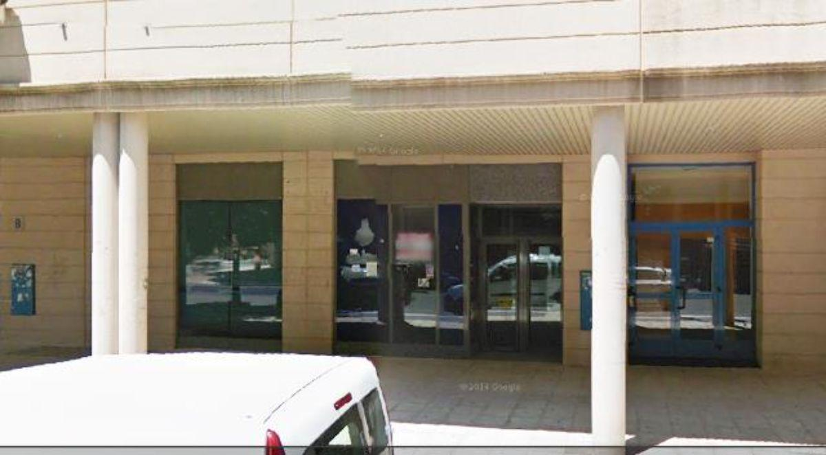 For rent of commercial in Pinto