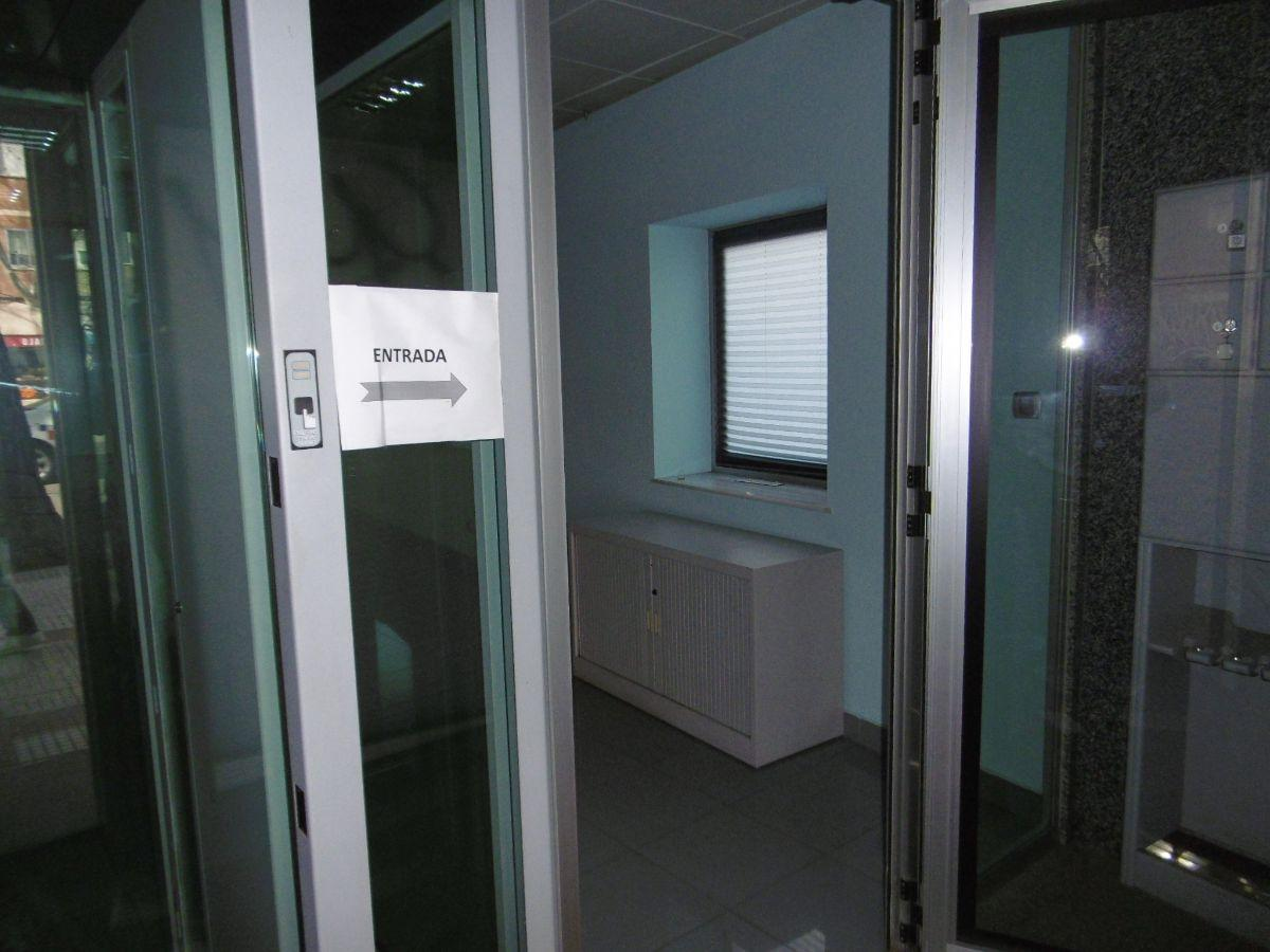 For rent of commercial in Alcobendas