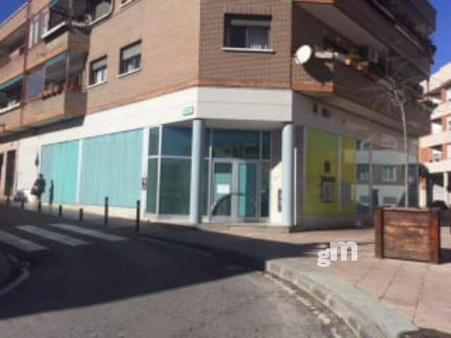Venta de local comercial en Alcobendas