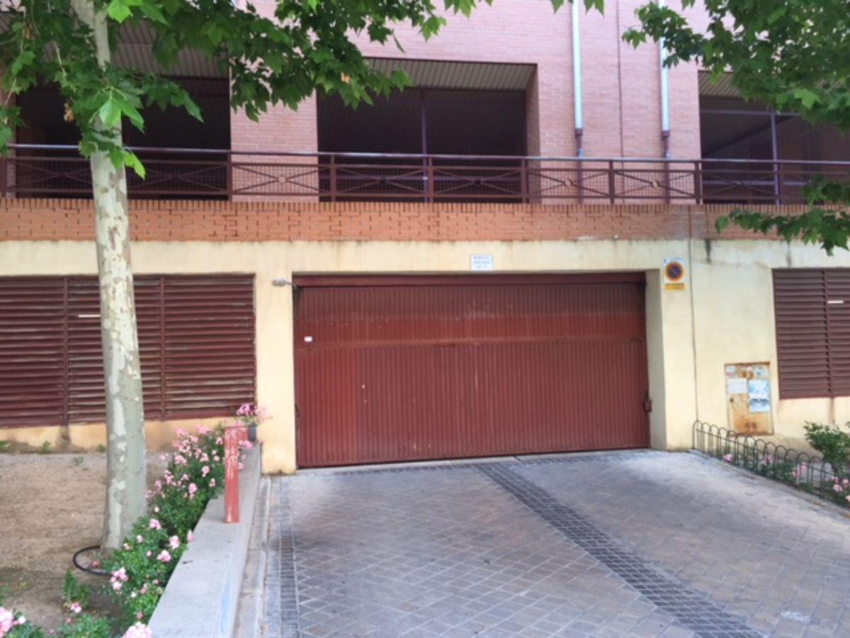 For sale of flat in Arganda del Rey
