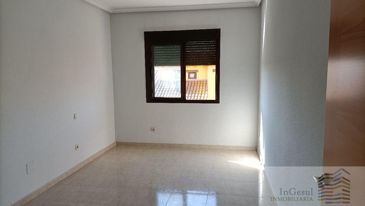Venta de piso en Consuegra