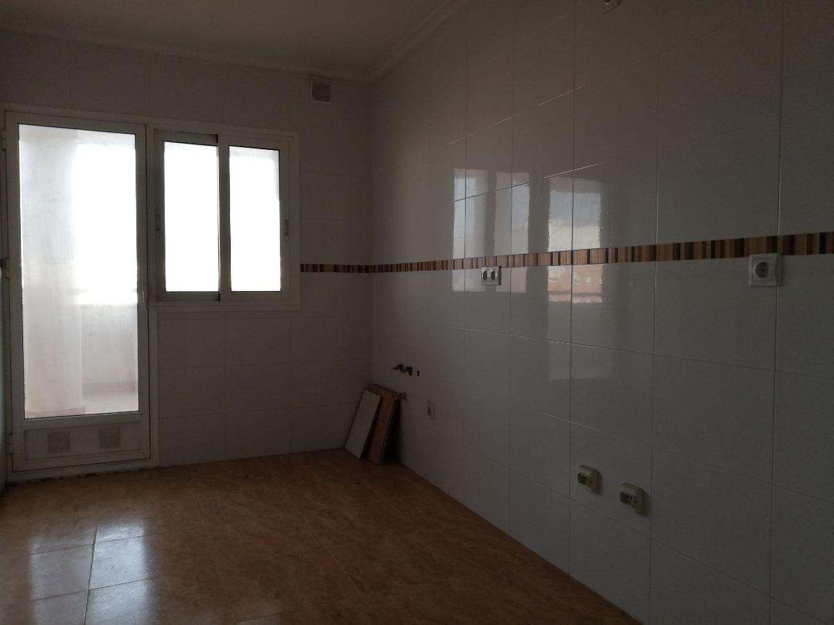 For sale of penthouse in Almería