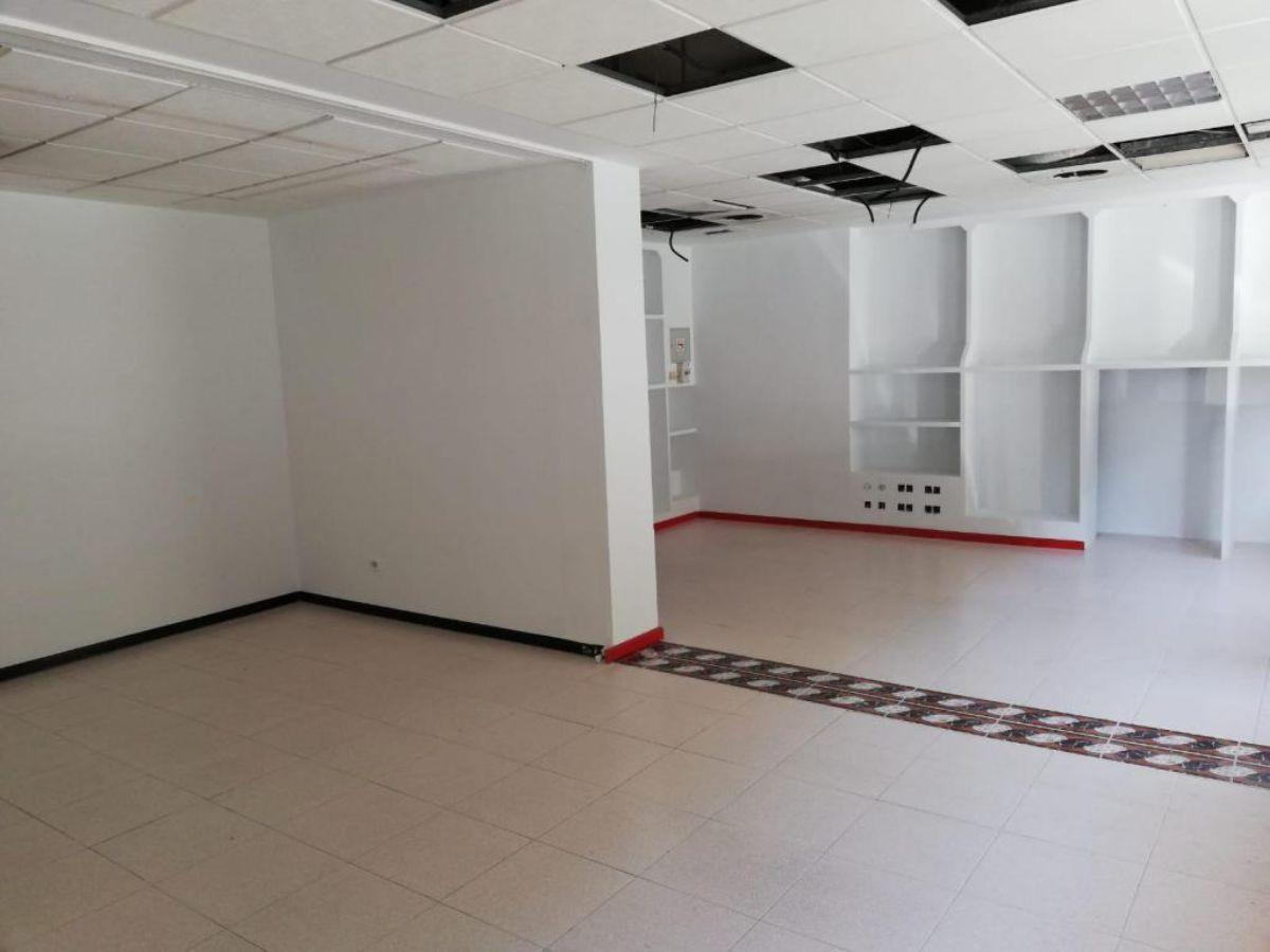 For sale of commercial in Almería