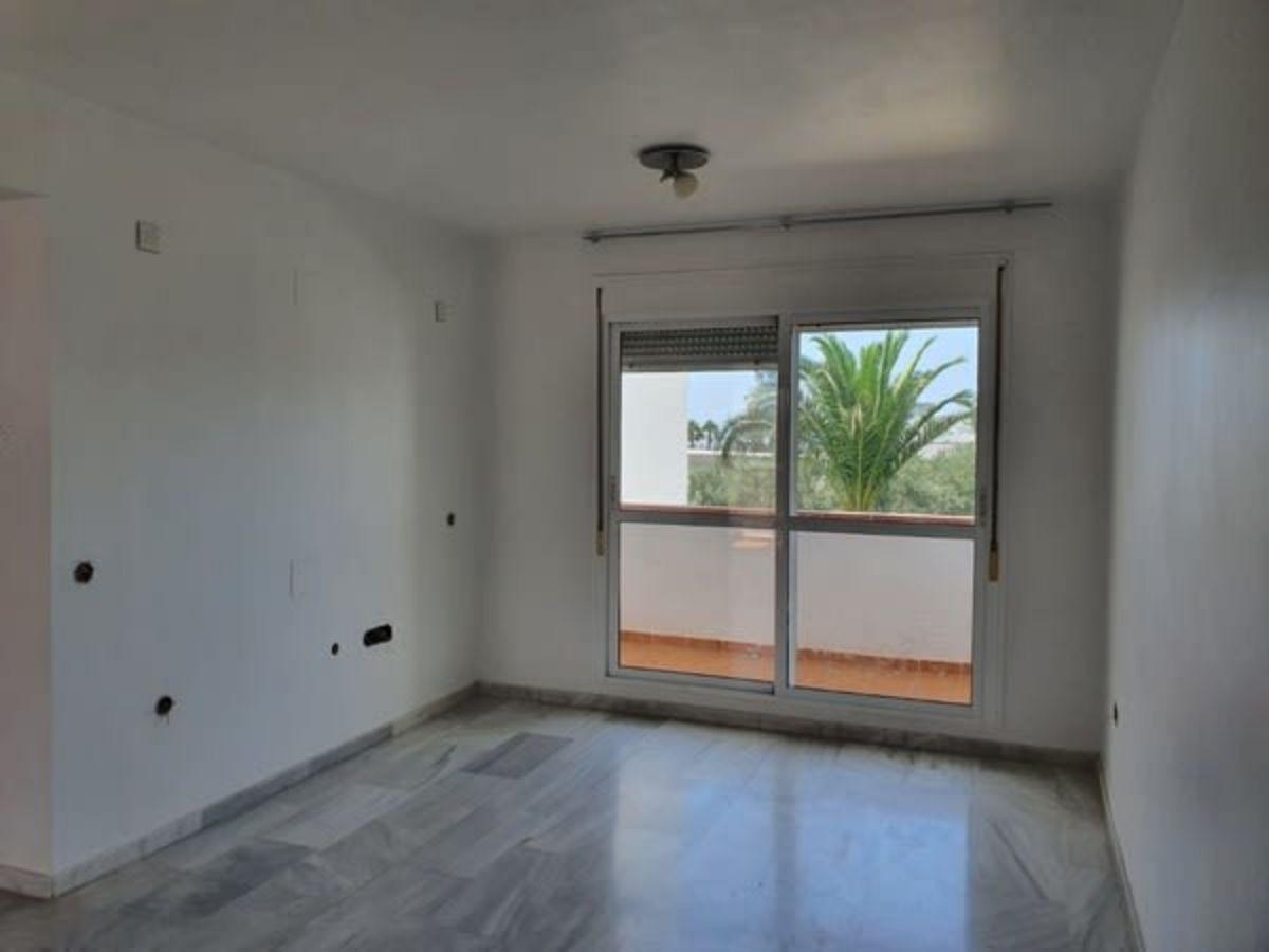 For sale of flat in Retamar