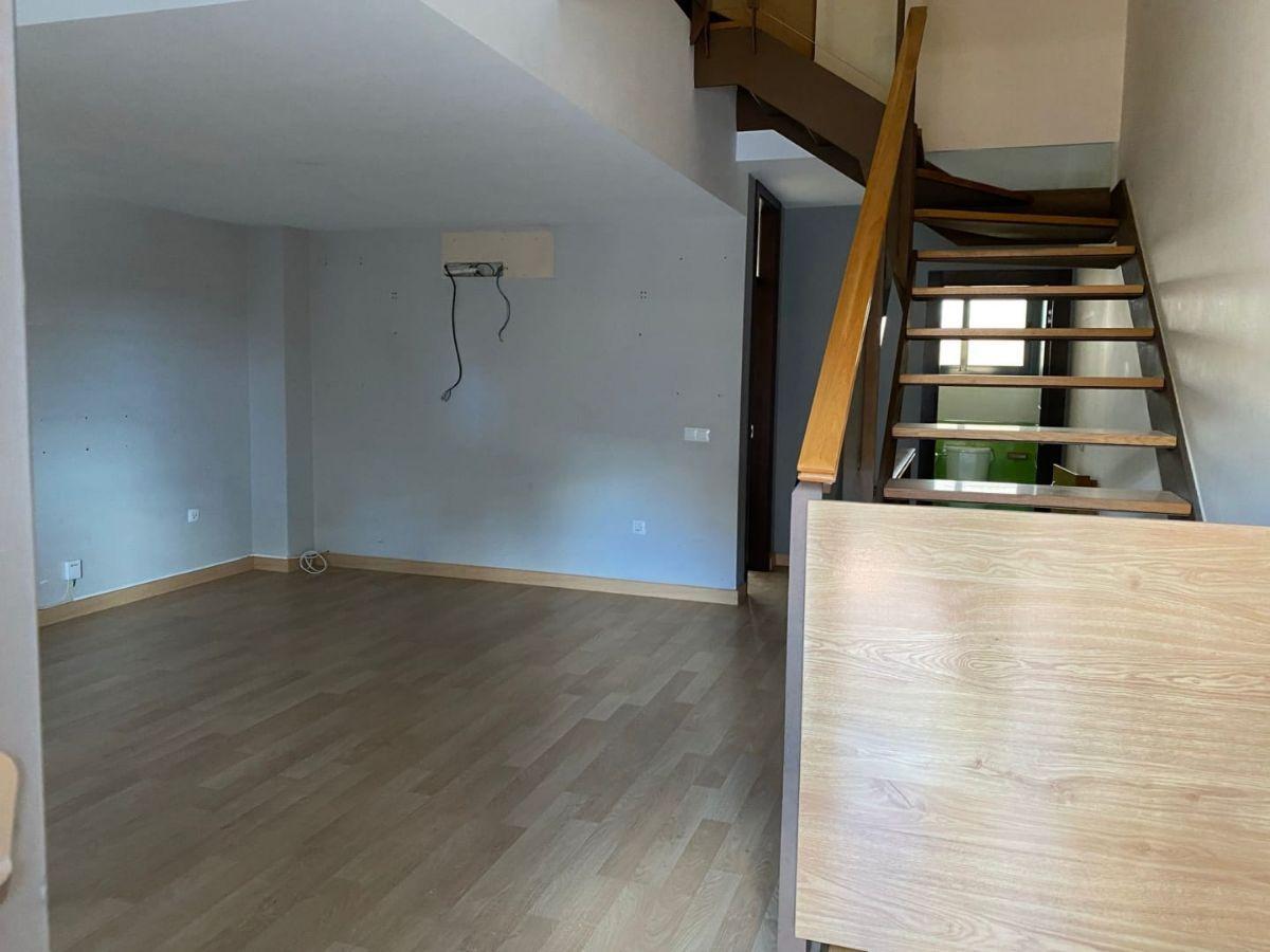 For sale of duplex in Almería