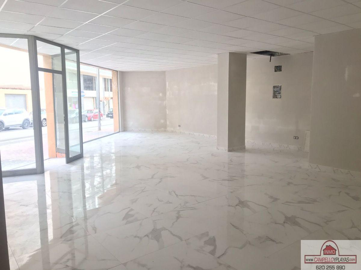 For rent of commercial in El Campello