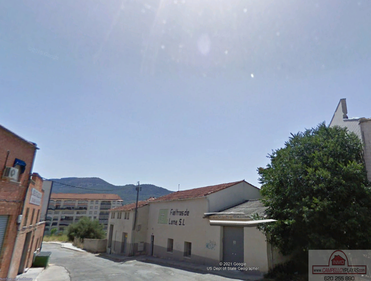 For sale of industrial plant/warehouse in Alcoy