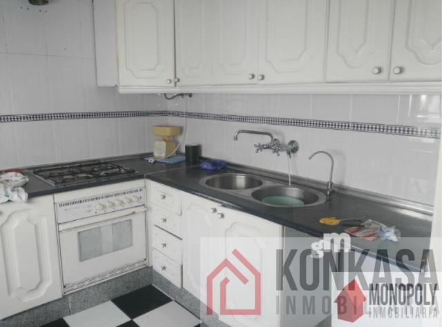 For sale of flat in Arcos de la Frontera