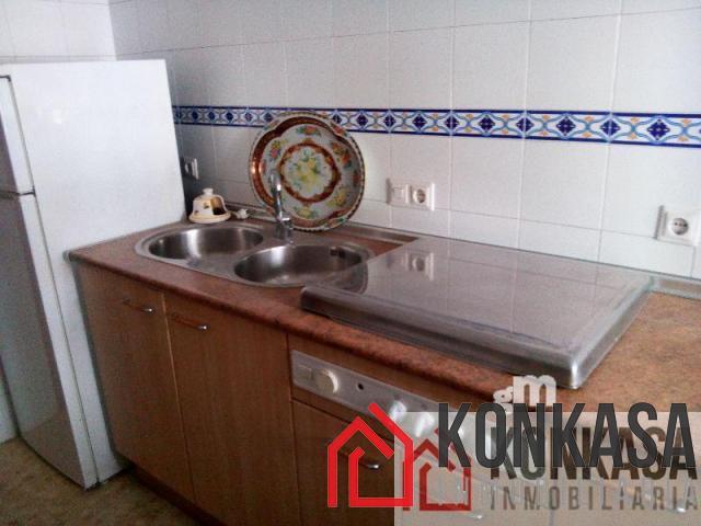 For sale of ground floor in Arcos de la Frontera