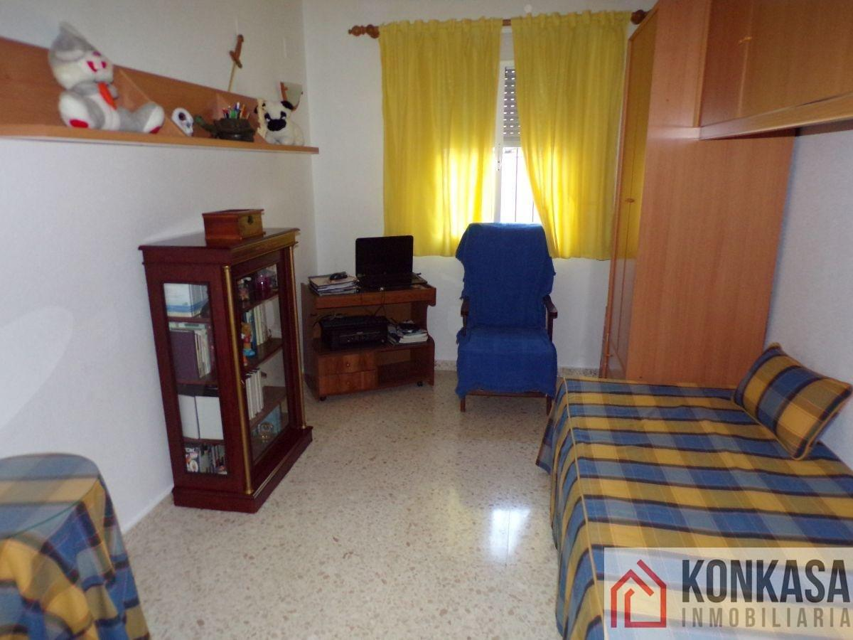 For sale of flat in Bornos
