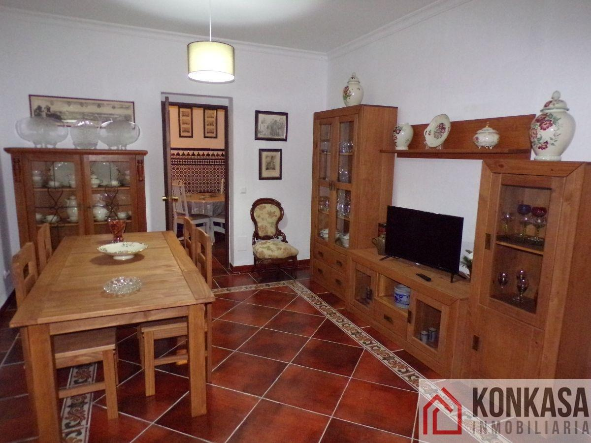 For sale of chalet in Bornos