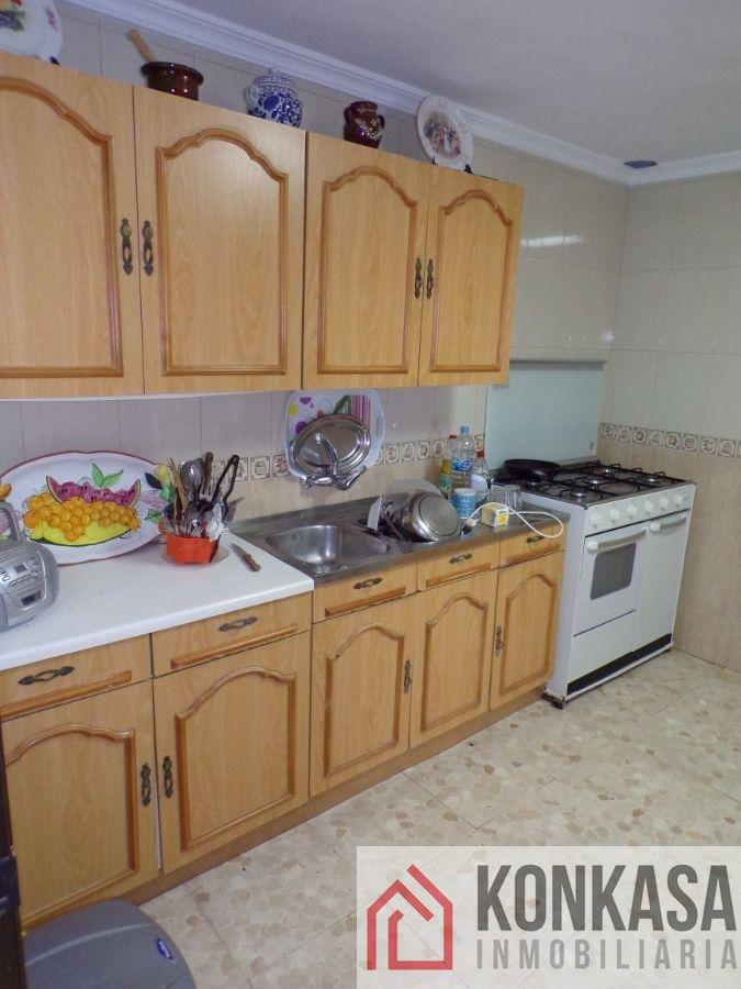 For sale of house in Algar