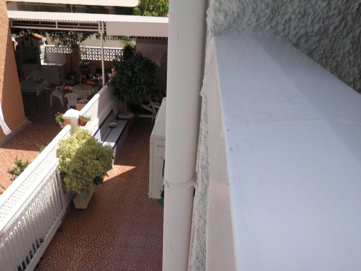 For sale of duplex in Los Nietos