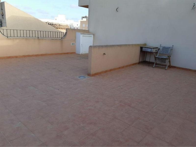 For sale of building in Islas Menores