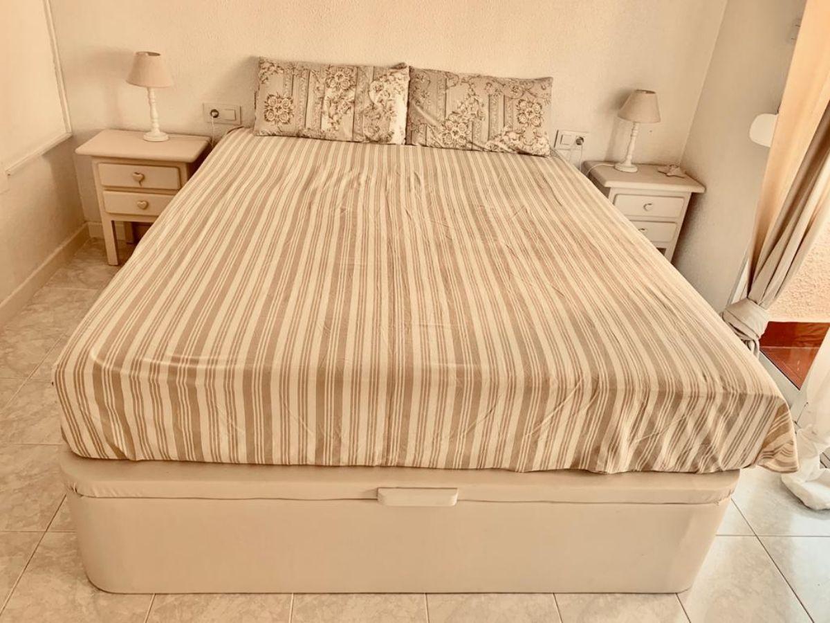For rent of duplex in Los Nietos
