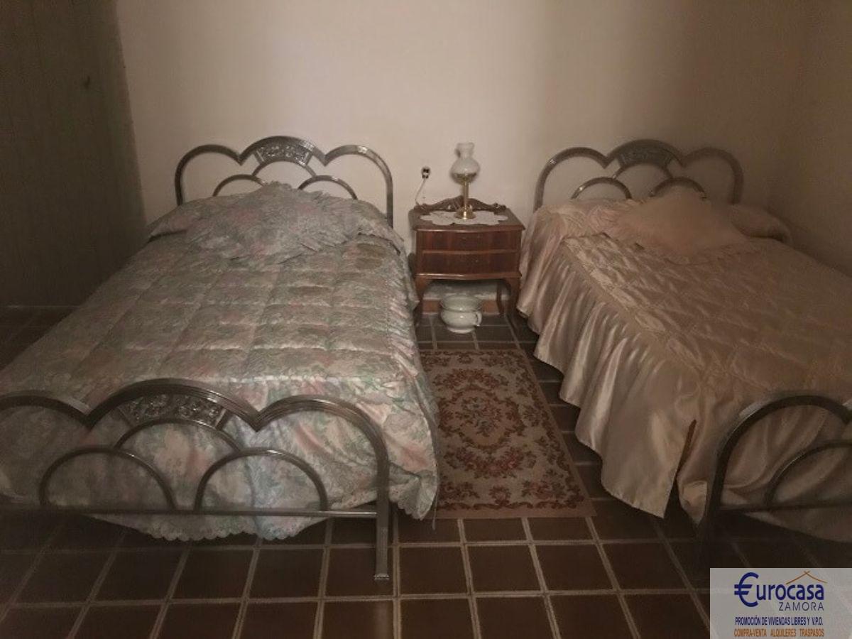 Venta de casa en Villaralbo