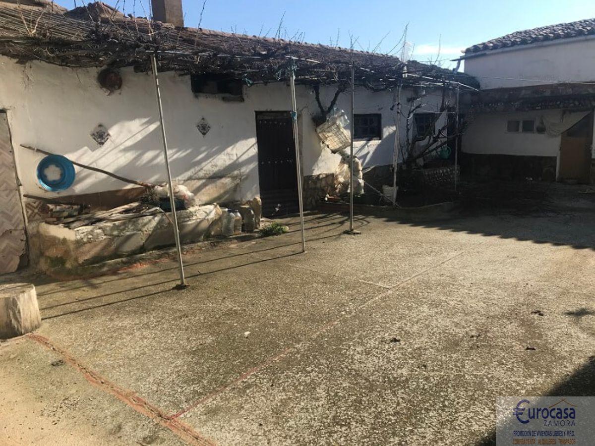 Venta de casa en Montamarta