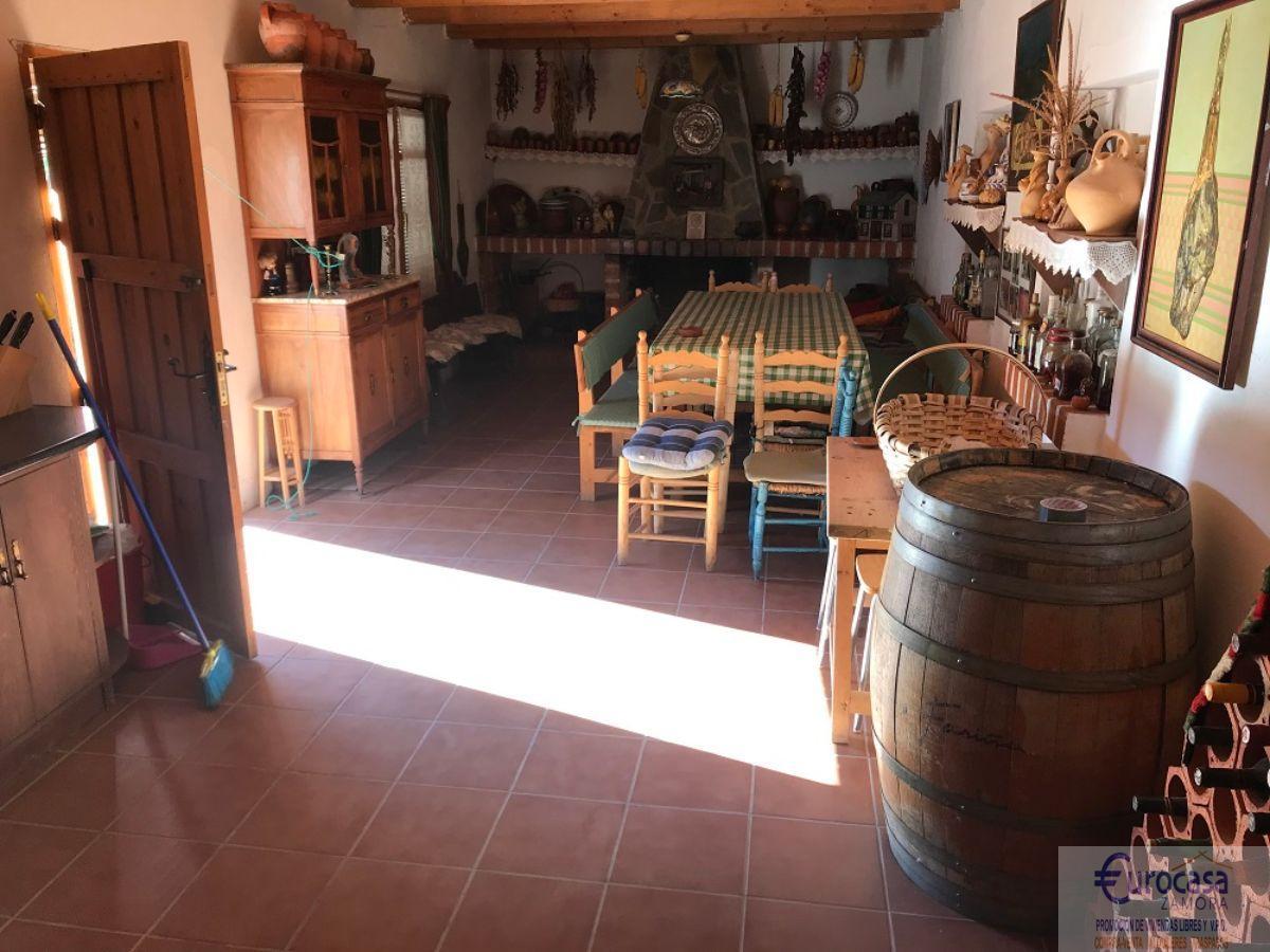 Venta de casa en Villalazán