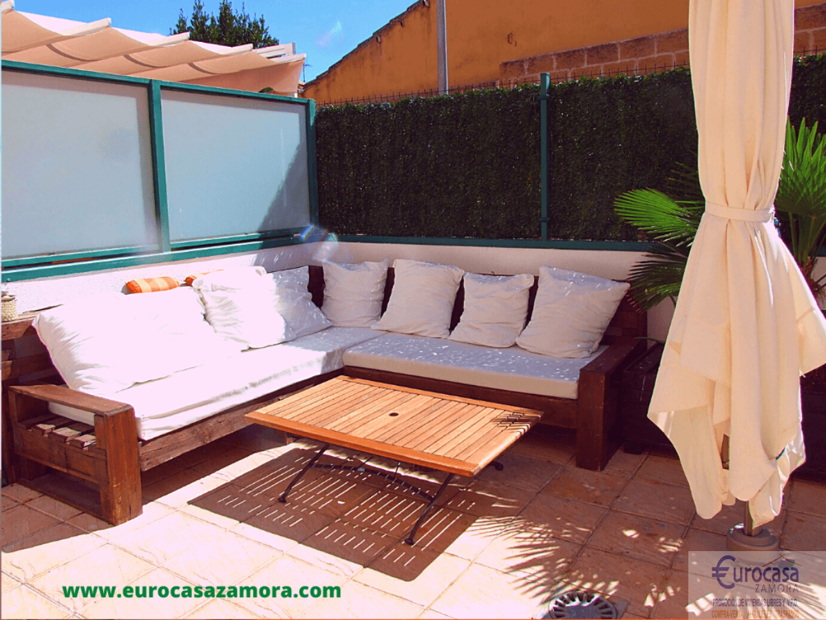 For sale of chalet in Zamora