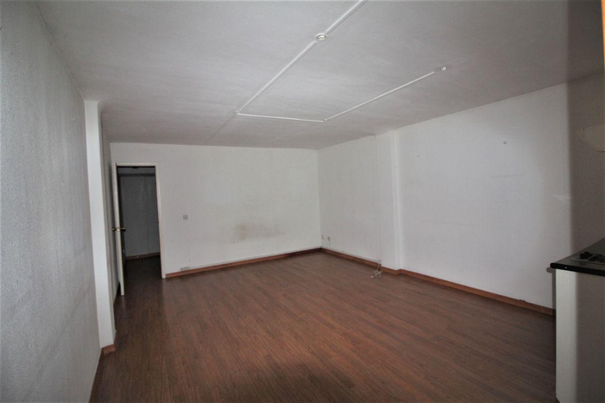 For sale of office in Terrassa